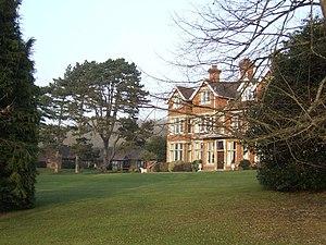 English: Oaken Holt Nursing Home A victorian c...