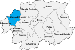 Location of Žaras pie Hronas apriņķis