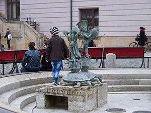 Olomouc, Horní náměstí, Arionova fontána (03).jpg