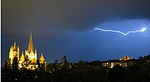 Orage cathedrale Lausanne.jpg
