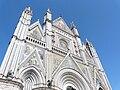 Orvieto-duomo facciata.jpg