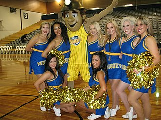 Otago Nuggets - Mac, the Nuggets' mascot, with the Otago Dancers in 2012.