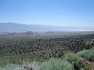Owens Valley - Owens Valley, Alabama Hills, and Owens Lake seen from Whitney Portal Road, west of Lone Pine, CA.