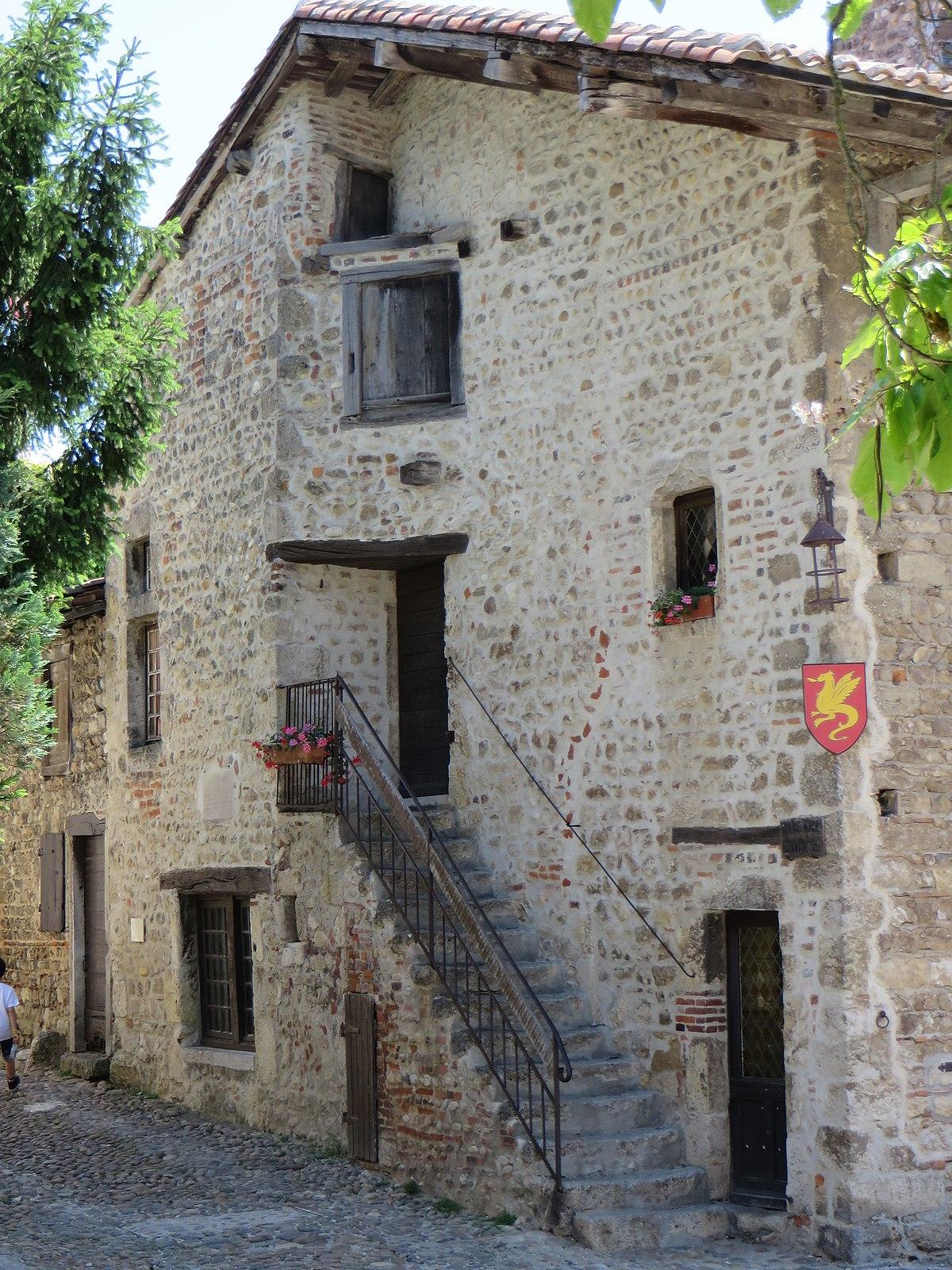 Ancienne maison Carrière — Wikipédia