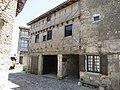 Pérouges - Maison du Cadran Solaire - place de la Halle - vue latérale (8-2014) 2014-06-25 13.42.45.jpg