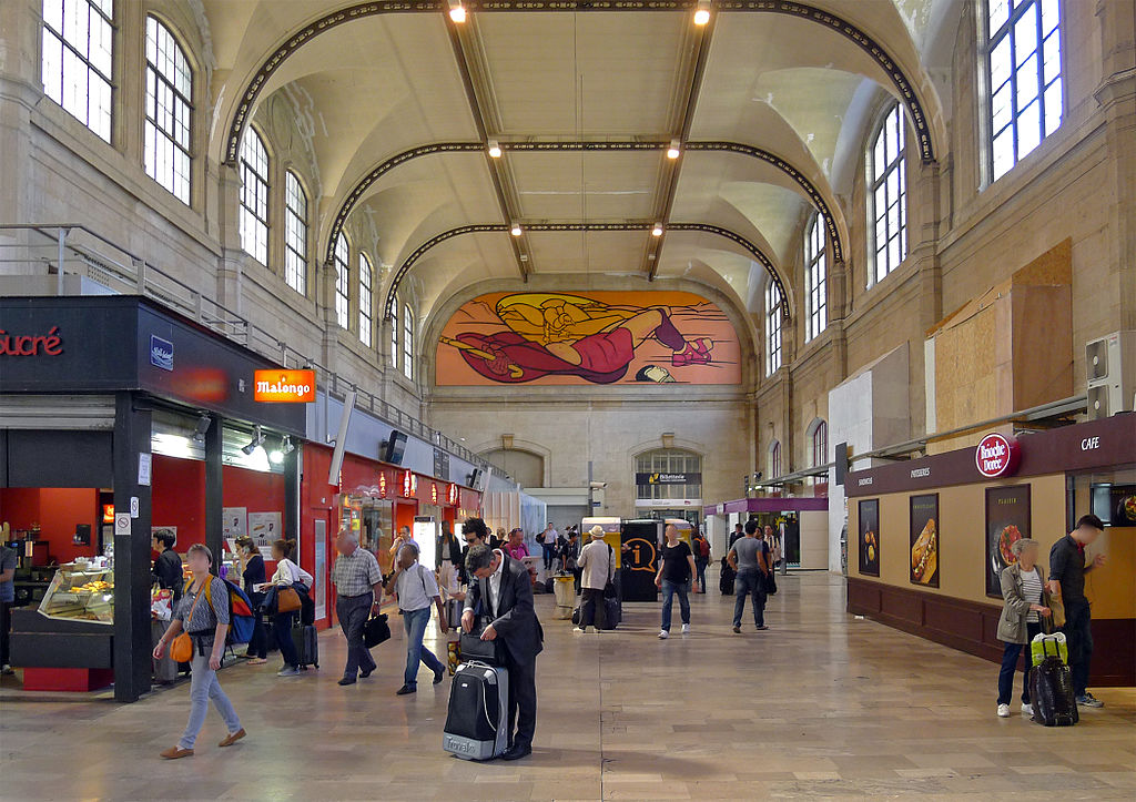 File p1320600 paris xiii gare austerlitz salle pas perdus wikimedia - Showroom point p paris ...