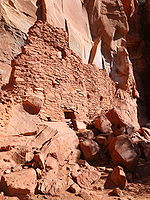 Palatki sinagua indian dwellings.jpg
