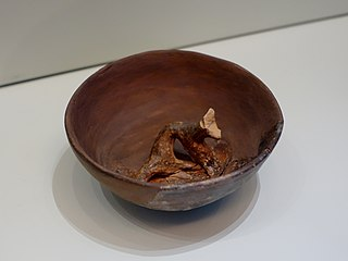 Palaikastro bowl with unknown animal