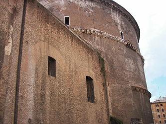 Pantheon (Rome) E.jpg