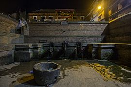 Patan Durbar Square at night-IMG 4180.jpg