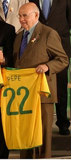 Pepe (footballer, born 1935) Brazilian footballer and manager