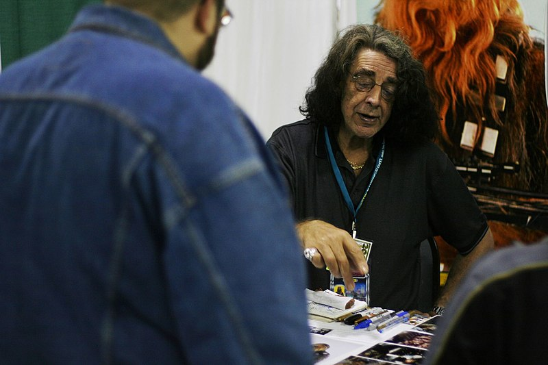File:Peter Mayhew Pittsburgh Comicon 6.jpg