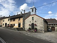 Petite église de Ravilloles, Jura, France.JPG