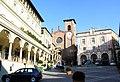 Piazza Vittorio Emanuele II - Moncalieri 12-2006 - panoramio.jpg