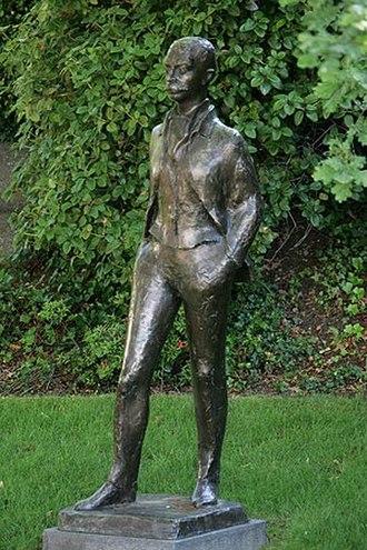 Pierre de Coubertin - Statue at Lausanne