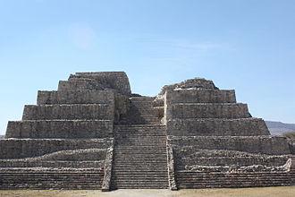 Cañada de la Virgen - Remains of a pyramidal structure