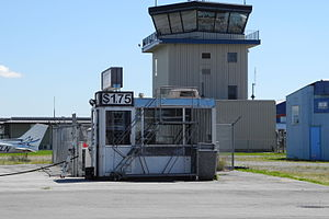 Pitt Meadows Airport - Image: Pitt Meadows Tower (5971753372)