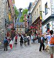 Place Royale et le Funiculaire (au fond), Québec, QC, Canada.jpg