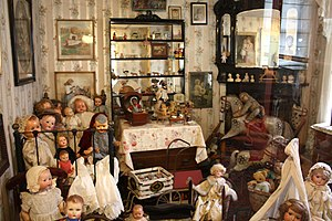 Pollock's Toy Museum - A display of dolls