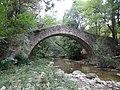 Pont d'estil romànic a Sant Pere de Torelló (setembre 2012) - panoramio.jpg