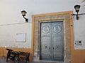Porta de l'església de la Nativitat d'Orba.JPG
