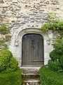 Porte du chateau de rochefort-en-terre - panoramio.jpg