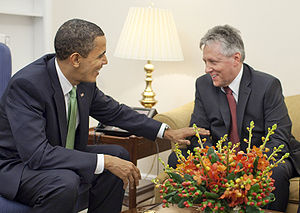 Peter Robinson (Northern Ireland politician) - Robinson meets with United States President Barack Obama at the White House on St. Patrick's Day 2009.