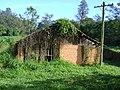 Rancho abandonado - entrada lateral.jpg
