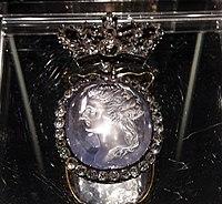 Regulski Jewel with a portrait 10.jpg