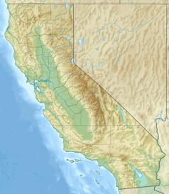 """Mapa konturowa Kalifornii, w centrum znajduje się czarny trójkącik z opisem """"Mammoth Mountain"""""""