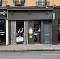 Restaurant André Melkonyan à Lyon avec du wikimédien(s) dans la vitrine.jpg