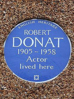 Photo of Robert Donat blue plaque