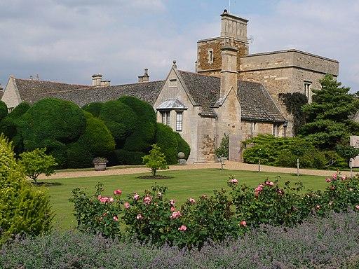 Rose garden at Rockingham Castle - geograph.org.uk - 2028073
