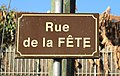 Rue du village de Marseillan (Hautes-Pyrénées) 1.jpg