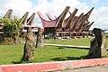 Rumah Adat Tongkonan (Toraja) 01.jpg
