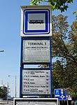 Ruzyně, K letišti, zastávka Terminál 3, ČSAD směr Kladno, označení.jpg