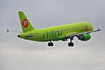 S7 - Siberia Airlines, Airbus A320-214, VQ-BRC (18233314341).jpg