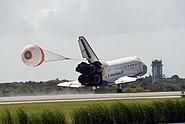 STS-127 Landing 01