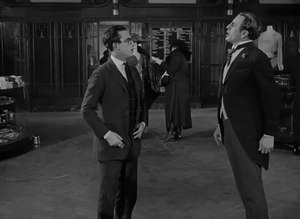 File:Safety Last (1923).webm