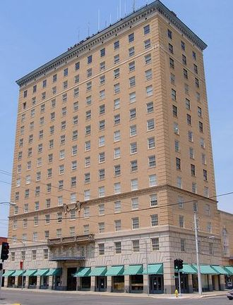 San Angelo, Texas - Cactus Hotel building