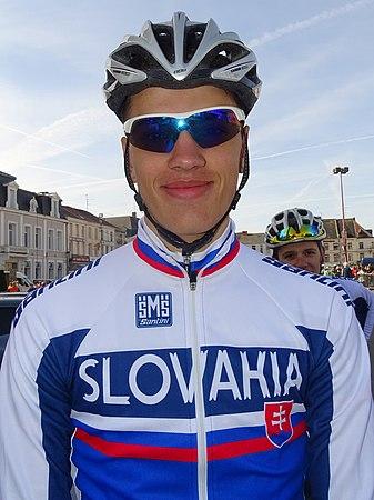 Saint-Amand-les-Eaux - Paris-Roubaix juniors, 12 avril 2015, départ (A37).JPG