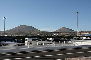 San Bartolomé - airport - Montaña Blanca-Monte Guatisea 01 ies.jpg