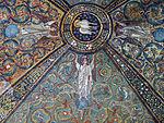 San vitale, ravenna, int., presbiterio, mosaici volta e arcone 04.JPG