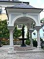 Sankt Wolfgang Kirche - Pilgerbrunnen 1.jpg