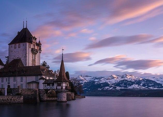 Schloss Oberhofen Twilight.jpg