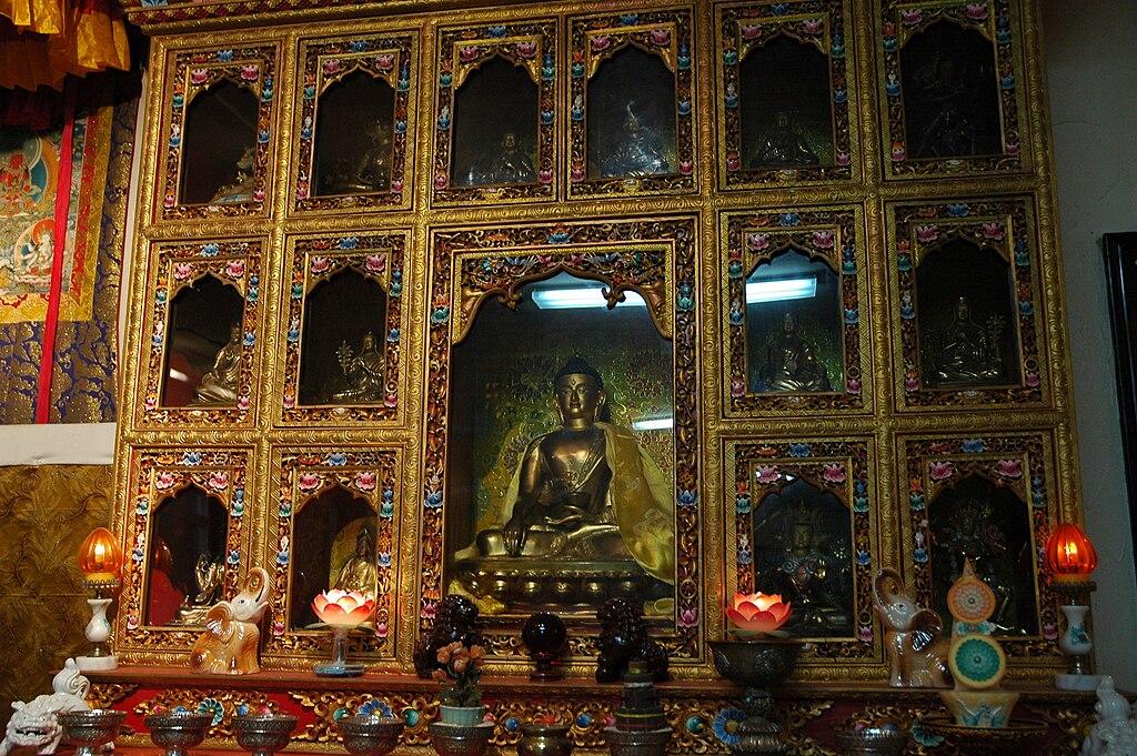 File:Seattle Sakya monastery old shrine jpg - Wikimedia Commons