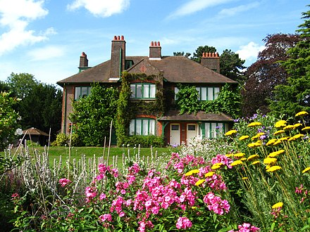 Garden of Shaw's Corner Shaw's Corner at Ayot St Lawrence.jpg