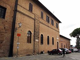 Siena, museo pie disposizione ext 01.JPG