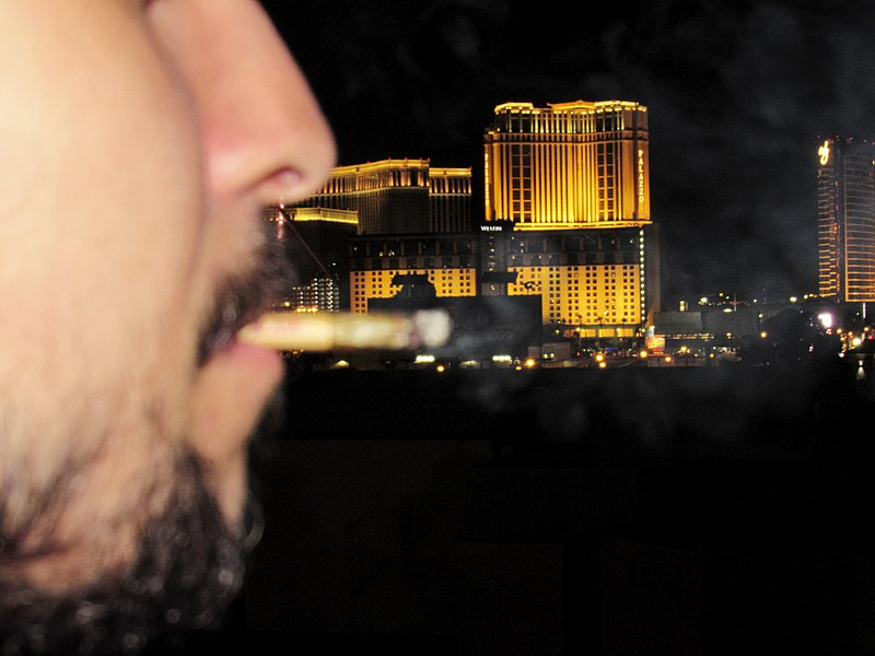 File:Smoking Weed in the Las Vegas Strip.jpg