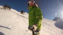 File:Snowboarding in Valfréjus.webm